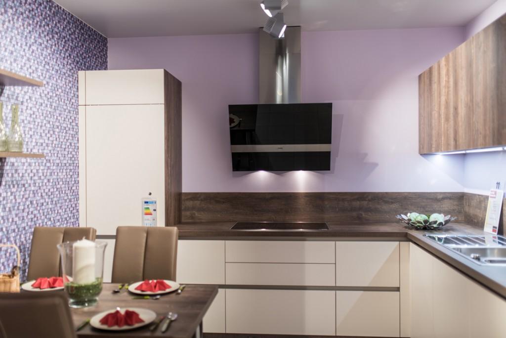 Referenzen Elektroinstallation, Elektrotechnik und Beleuchtungstechnik Küchenstudio von Hennig & Maier